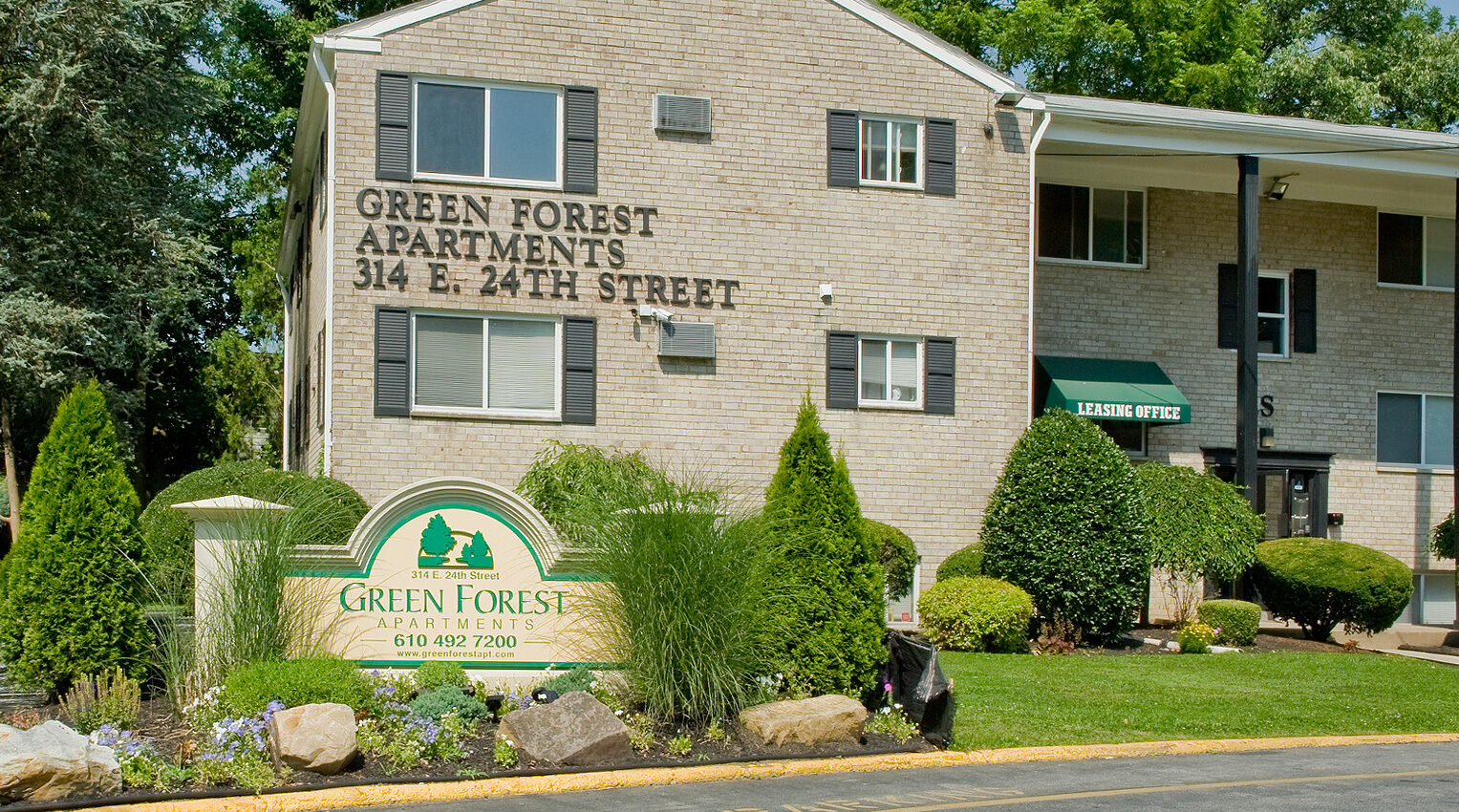 Green Forest Apartments